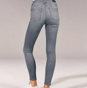 Abercrombie & Fitch Jeans - Abercrombie & Fitch Super Skinny High Rise Jeans